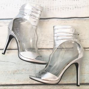 Anne Michelle Maneater Metallic Silver Bootie Heel